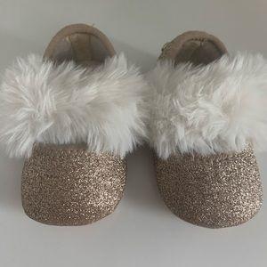NWOT UGG Baby Girl Fluff Ballet Flats